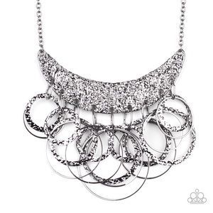 Silver texture metal necklace with earrings